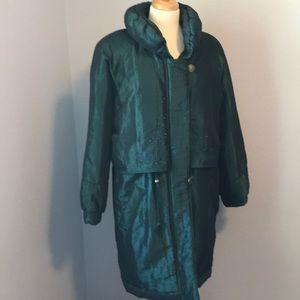 Vintage retro green long puffer coat